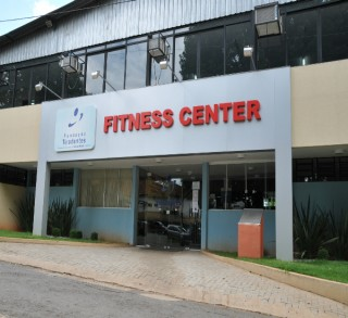 Academia Fitness Center promove I Desafio Mãe e Filho na Esteira